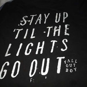 Tops - Fall out boy large black white tee white lights